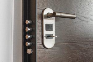 puerta acorazada segurida